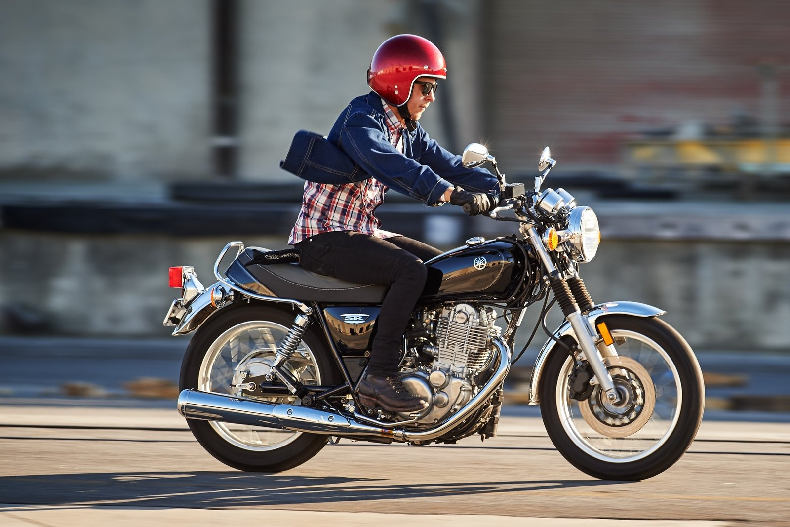 2016 Yamaha SR400 - Picture 652770 | motorcycle review @ Top Speed