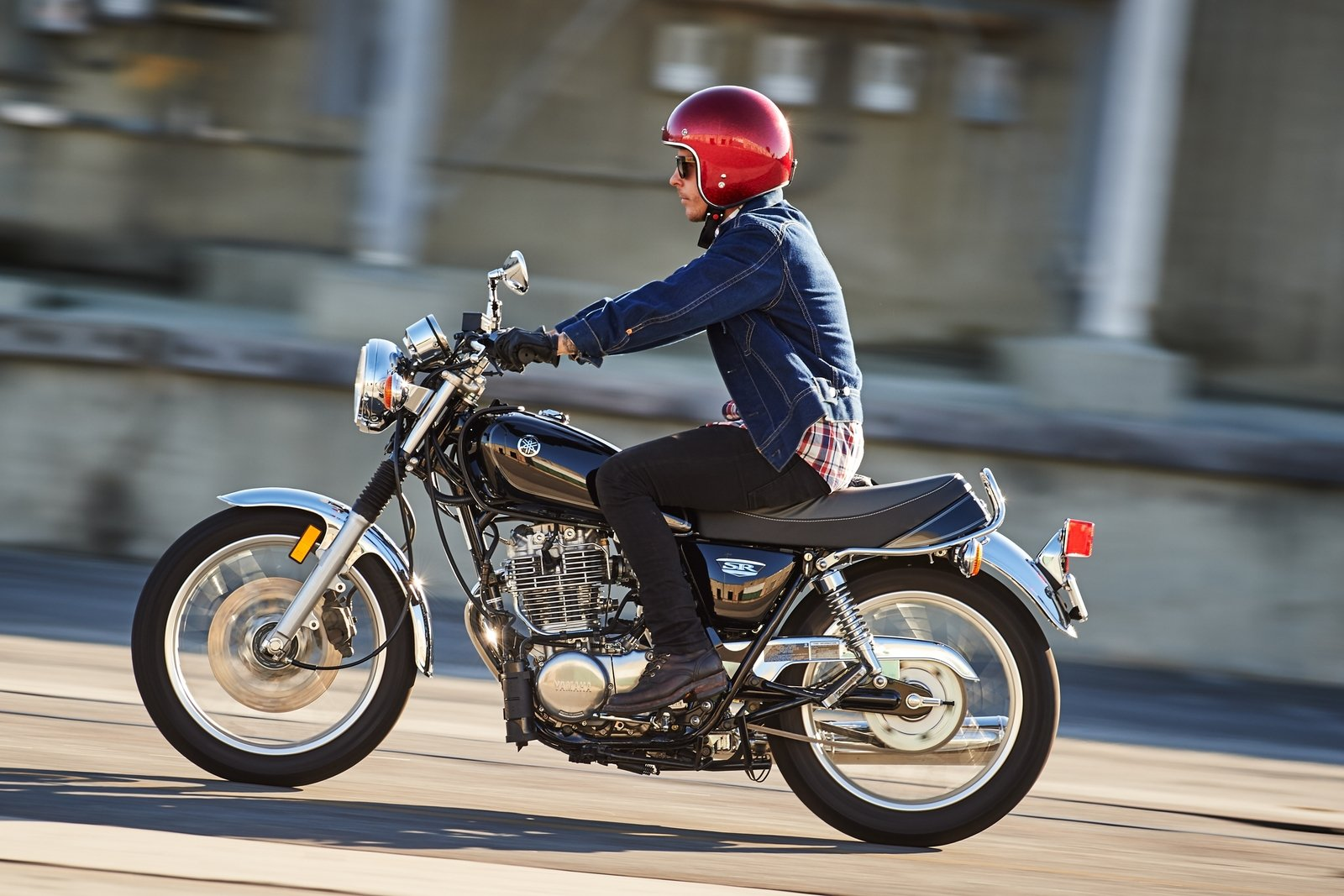 2016 Yamaha SR400 - Picture 652771 | motorcycle review @ Top Speed