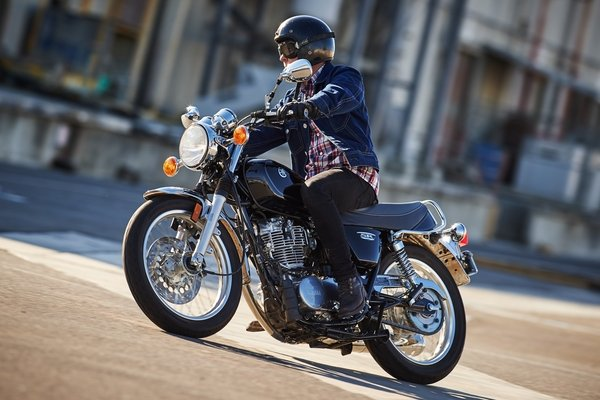 2016 Yamaha SR400 - Picture 652772 | motorcycle review ...