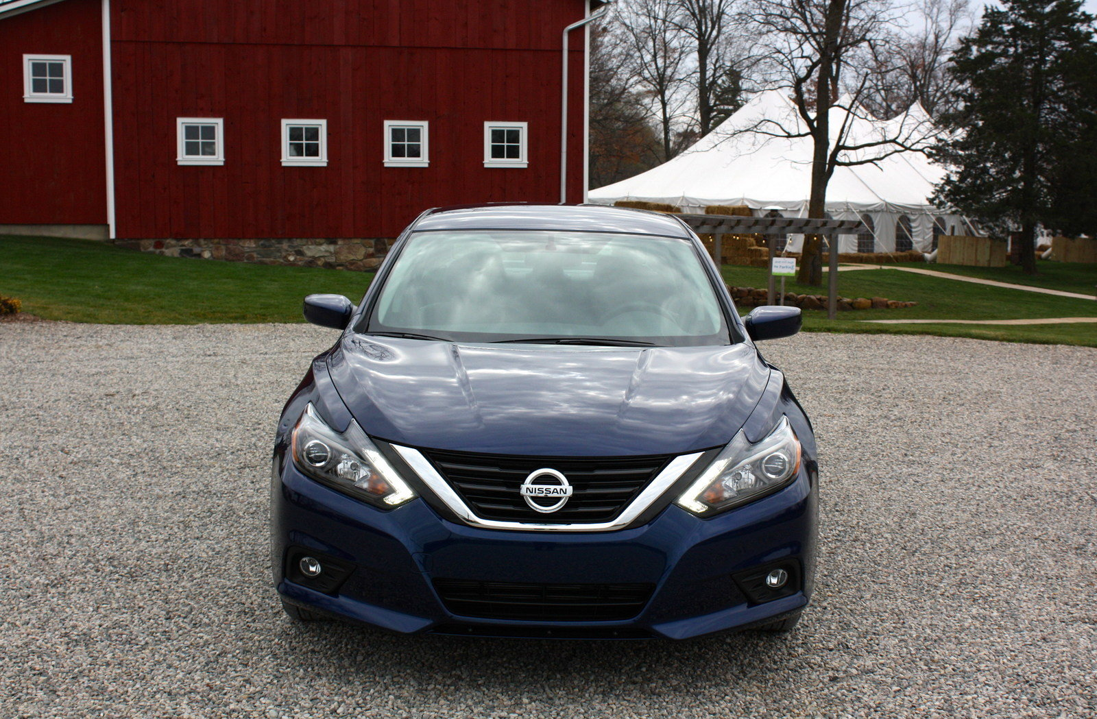 2016 nissan altima driving impression and review picture 654951 car review top speed. Black Bedroom Furniture Sets. Home Design Ideas