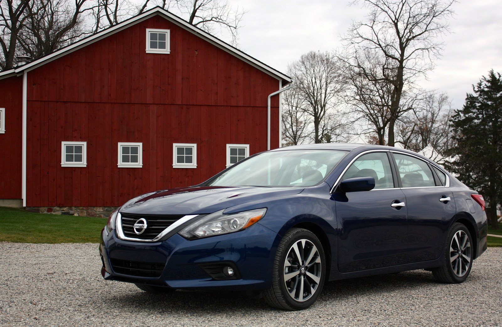 2016 nissan altima driving impression and review picture 654952 car review top speed. Black Bedroom Furniture Sets. Home Design Ideas