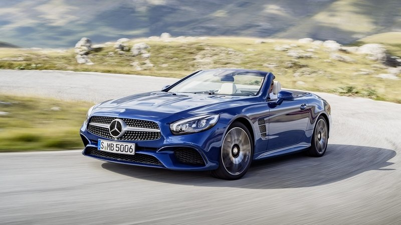 2020 Mercedes-Benz SL To Be More Driver-Centric