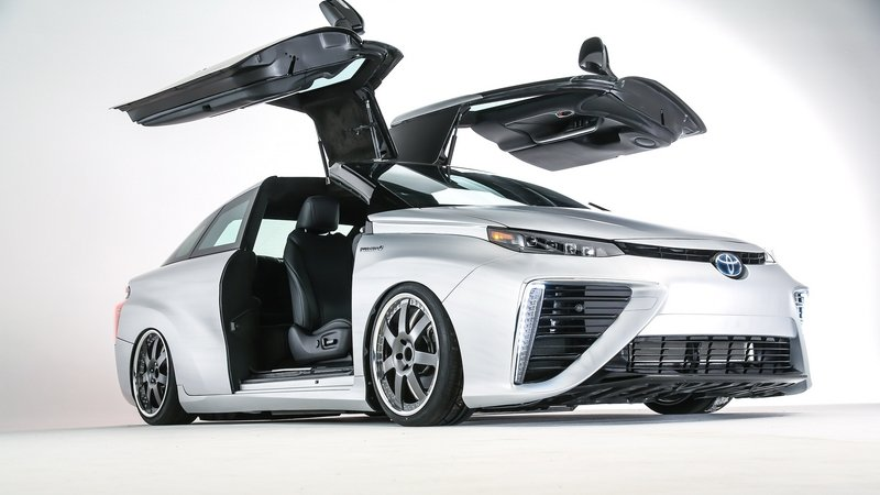 2016 Toyota Mirai Back to the Future Concept