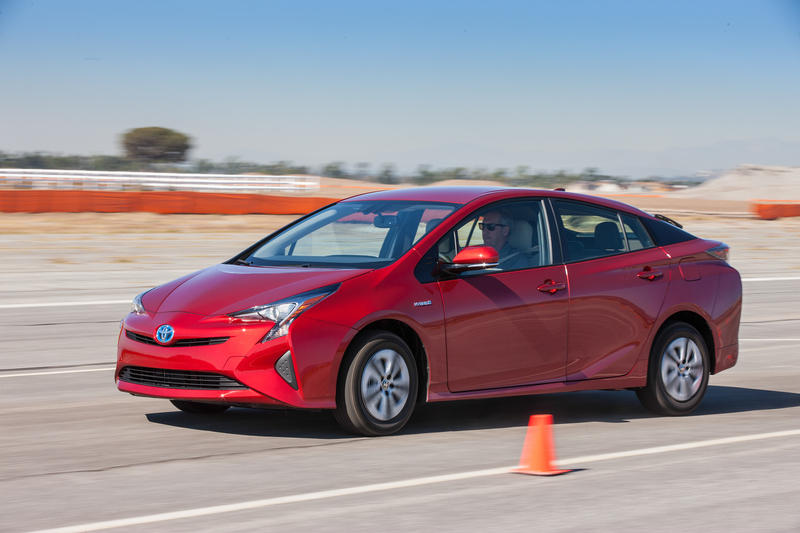 2016 Toyota Prius – Driving Impression And Review