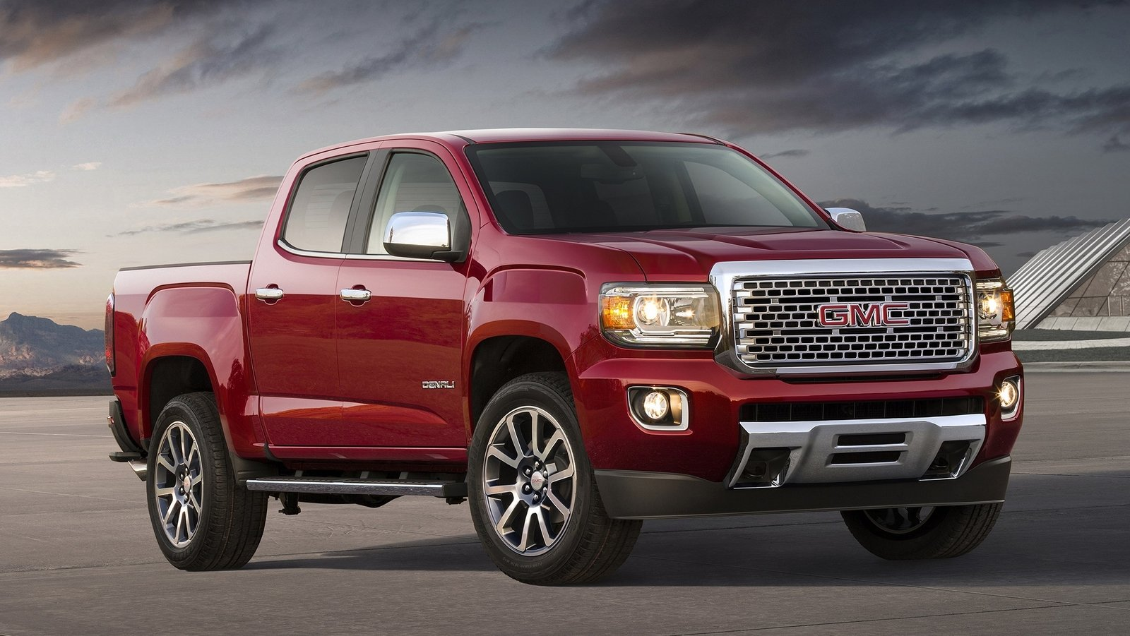 2017 GMC Canyon Denali - Picture 655844 | truck review ...