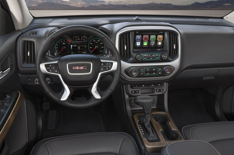 2017 GMC Canyon Denali High Resolution Interior - image 655842