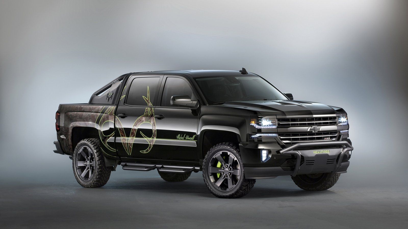 2016 Chevrolet Silverado Realtree Bone Collector Concept ...