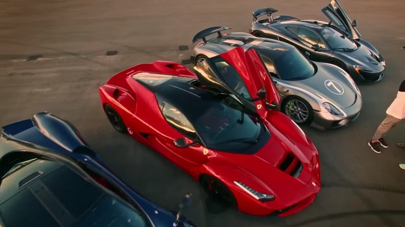 Ferrari LaFerrari Vs. McLaren P1 Vs. Bugatti Veyron Vs. Porsche 918 Vs. Pagani Huayra - Part 2: Video