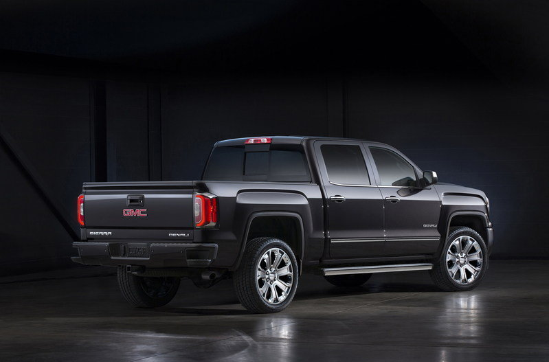 2017 GMC Sierra Denali Ultimate High Resolution Exterior - image 655876