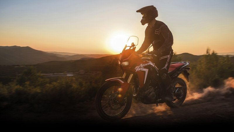 2016 Honda CRF1000L Africa Twin - image 654235