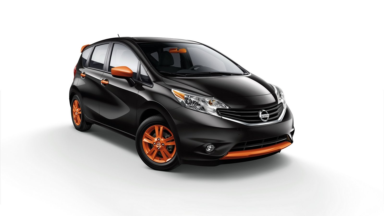 2016 nissan versa note color studio review top speed. Black Bedroom Furniture Sets. Home Design Ideas