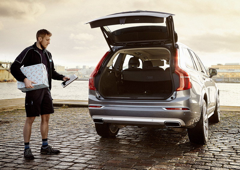 Volvo Launches In-car Delivery Service - image 657613