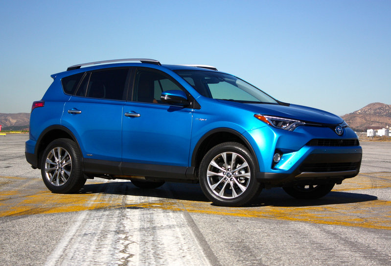 toyota rav4 reviews specs prices photos and videos. Black Bedroom Furniture Sets. Home Design Ideas