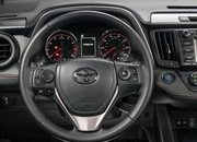 2016 Toyota RAV4 – Driving Impression And Review - image 659086