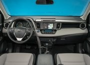 2016 Toyota RAV4 – Driving Impression And Review - image 659116