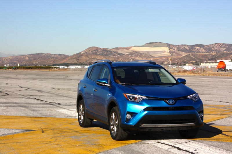 2016 Toyota RAV4 – Driving Impression And Review - image 658949