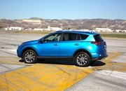 2016 Toyota RAV4 – Driving Impression And Review - image 658955