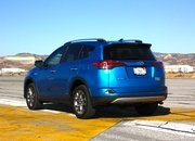 2016 Toyota RAV4 – Driving Impression And Review - image 658964