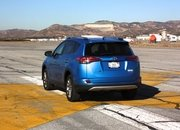 2016 Toyota RAV4 – Driving Impression And Review - image 658965