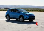 2016 Toyota RAV4 – Driving Impression And Review - image 658978