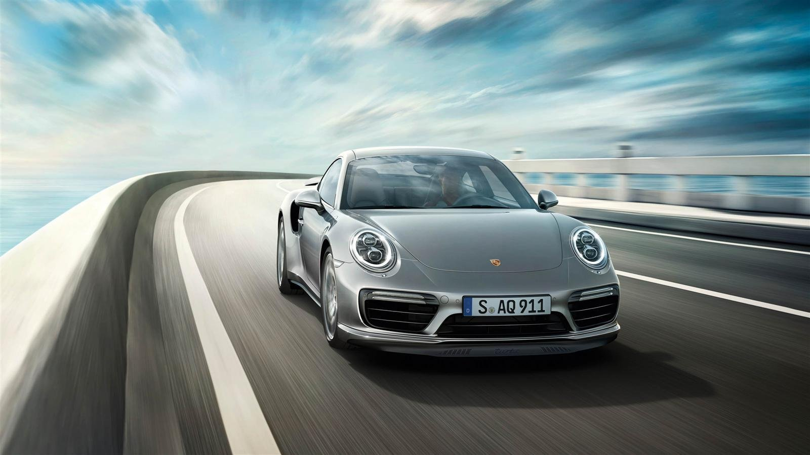 2017 Porsche 911 Turbo Review