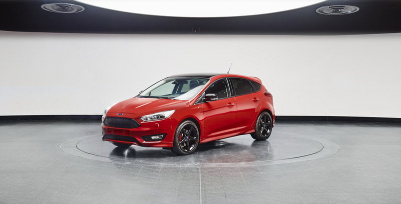 2016 Ford Focus Black & Red Editions
