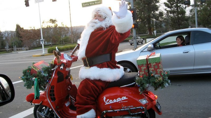 What Motorcycle Would Santa Use On Christmas Eve?