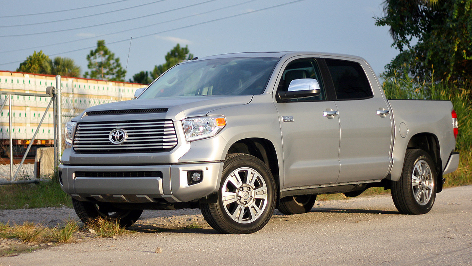 2015 toyota tundra platinum driven review top speed. Black Bedroom Furniture Sets. Home Design Ideas
