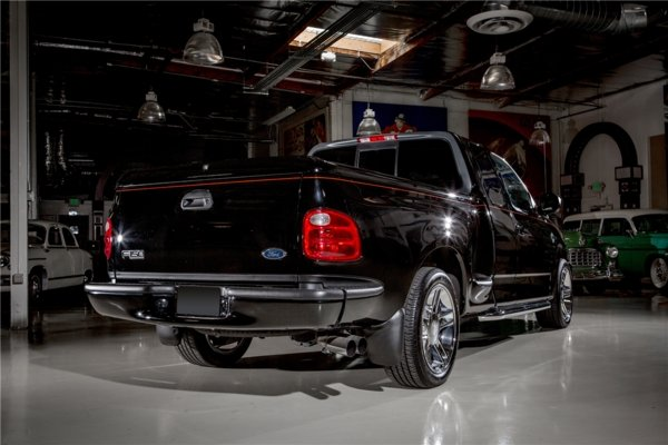 2000 ford f 150 harley davidson edition truck review top speed. Black Bedroom Furniture Sets. Home Design Ideas