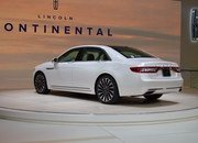 2017 Lincoln Continental - image 661820
