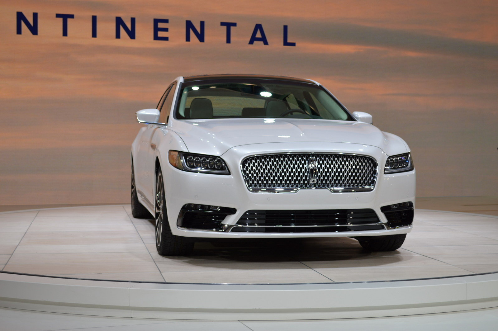 2017 lincoln continental picture 661830 car review. Black Bedroom Furniture Sets. Home Design Ideas