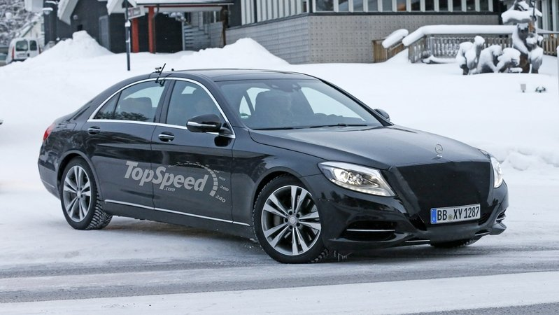 Is Mercedes Trying to Put an End to Tesla's Reign at the Top of the EV Food Chain? Exterior Spyshots - image 663196