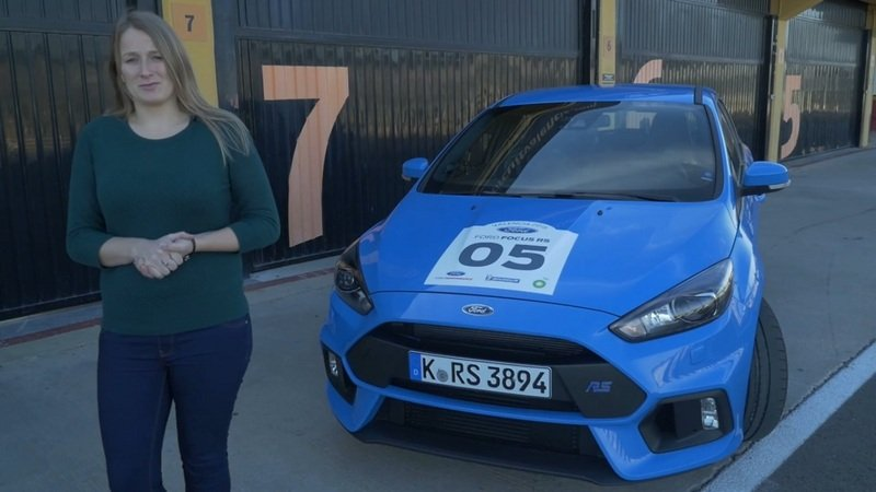 Autocar Takes The 2016 Ford Focus RS On Road And Track: Video