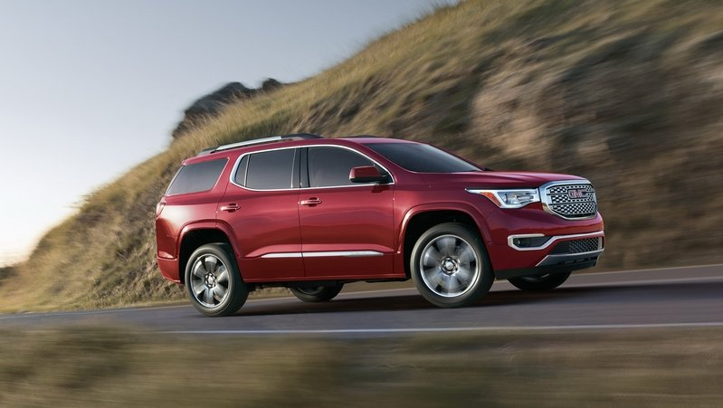 Chevy Traverse, Buick Enclave Will Skip GMC Acadia Diet