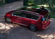 2017 Chrysler Pacifica - image 661191