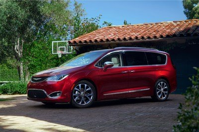 2017 Chrysler Pacifica - image 661192