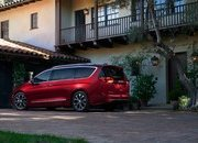 2017 Chrysler Pacifica - image 661194