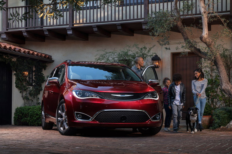 2017 Chrysler Pacifica - image 661183