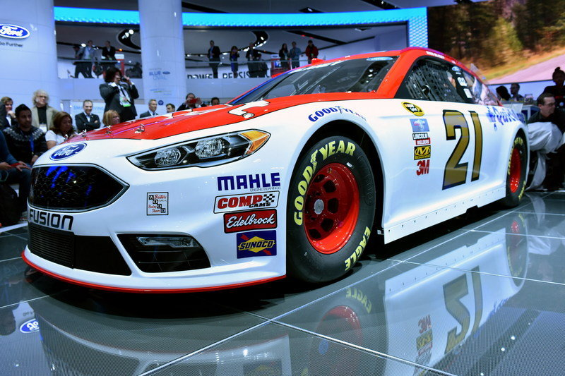 2016 Ford Fusion NASCAR High Resolution Exterior - image 662059