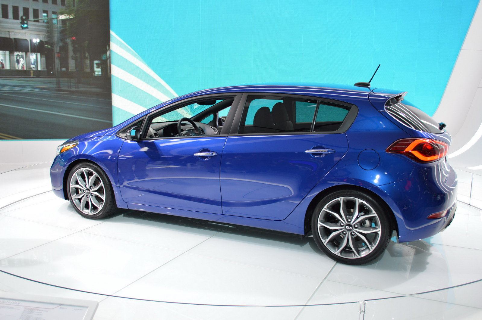 2017 kia forte5 picture 661864 car review top speed. Black Bedroom Furniture Sets. Home Design Ideas