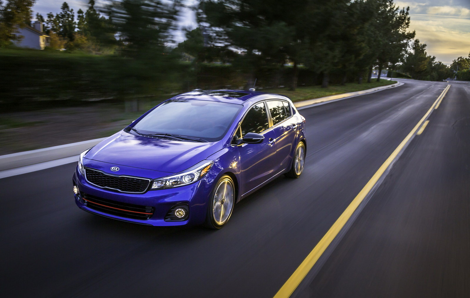 2017 kia forte5 picture 661747 car review top speed. Black Bedroom Furniture Sets. Home Design Ideas