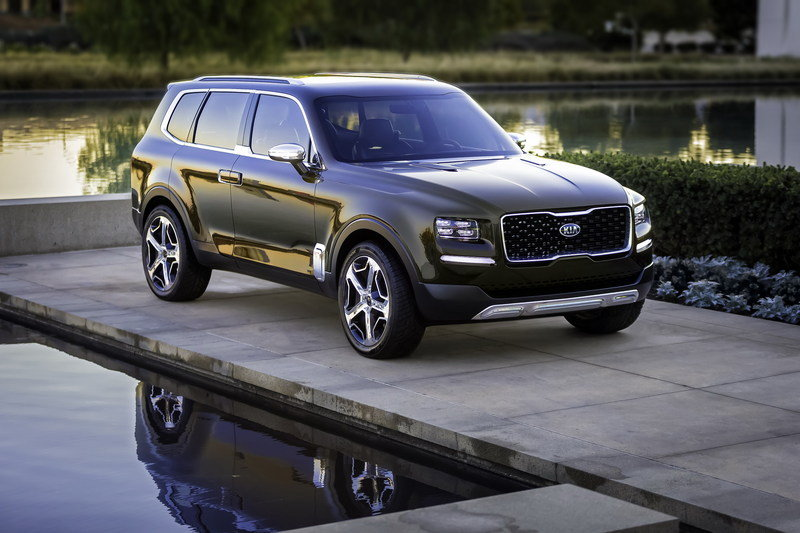 Kia Admits that the Telluride Could Wear K900 Underpinnings