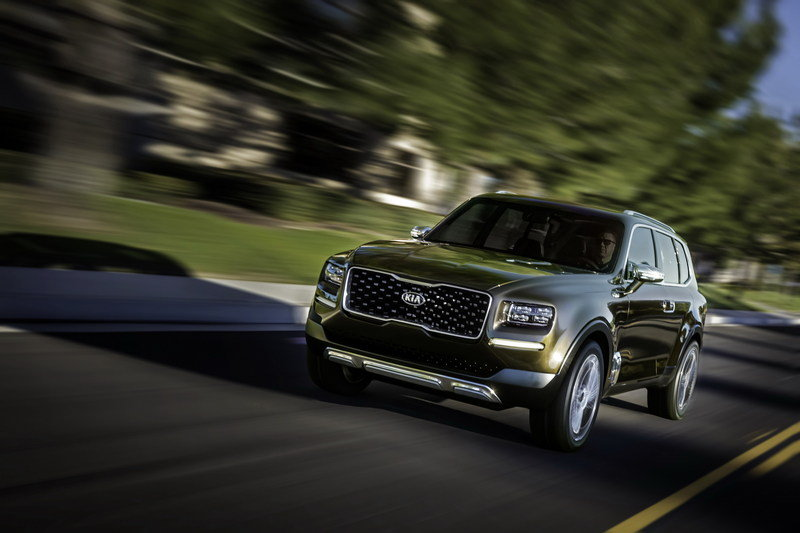 Kia Admits that the Telluride Could Wear K900 Underpinnings Exterior - image 661759