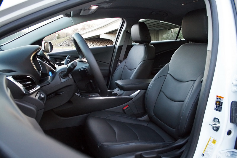 2016 Chevrolet Volt – Driven High Resolution Interior - image 666227