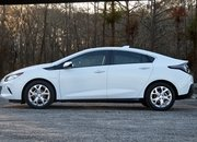 2016 Chevrolet Volt – Driven - image 666210