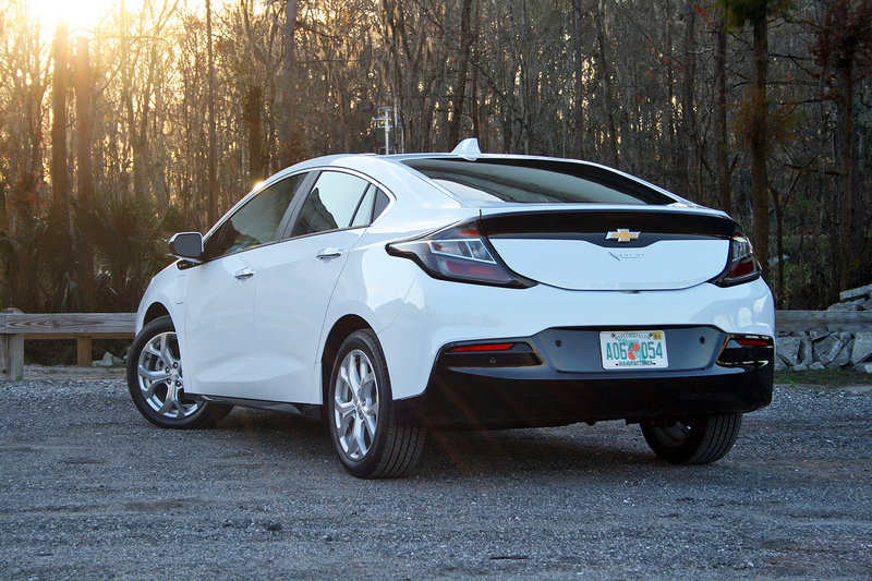 2016 chevrolet volt driven review top speed. Black Bedroom Furniture Sets. Home Design Ideas