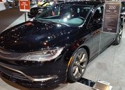 2016 Chrysler 200S Alloy Edition - image 665972