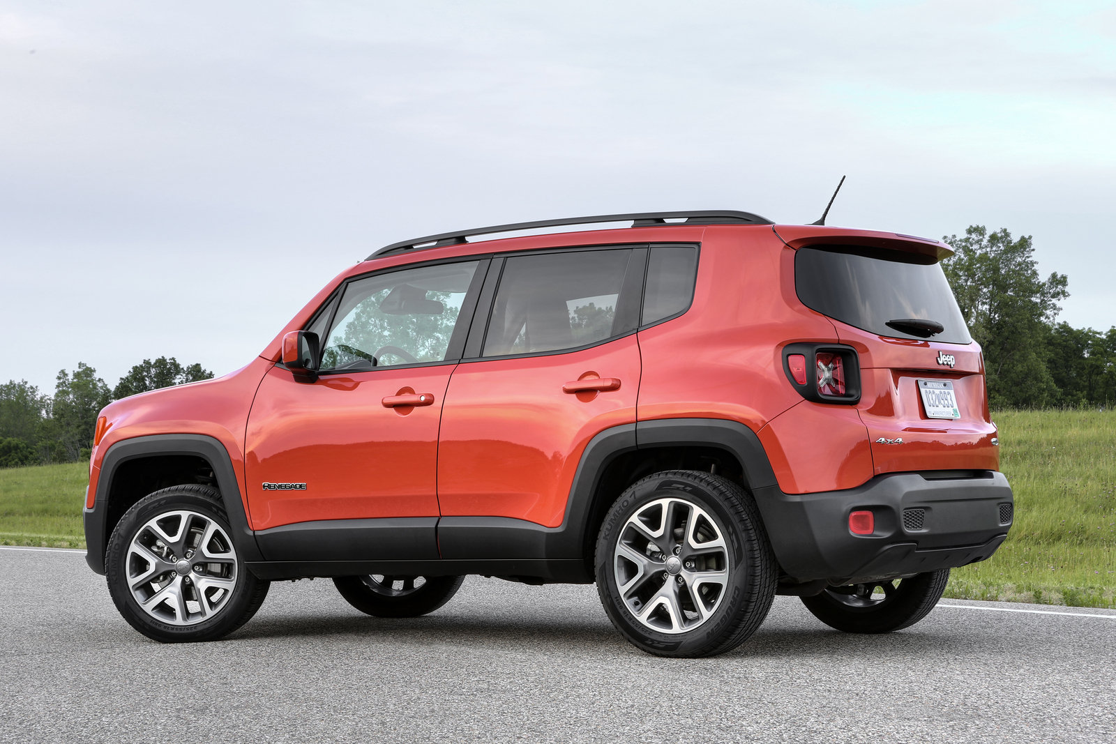 2016 jeep renegade review picture 666122 car review top speed. Black Bedroom Furniture Sets. Home Design Ideas