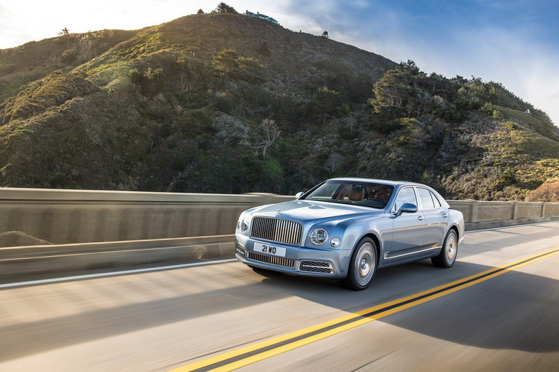 Big Surprise: Bentley Is Considering An SUV to Replace the Now Defunct Mulsanne Sedan High Resolution Exterior Wallpaper quality - image 666929