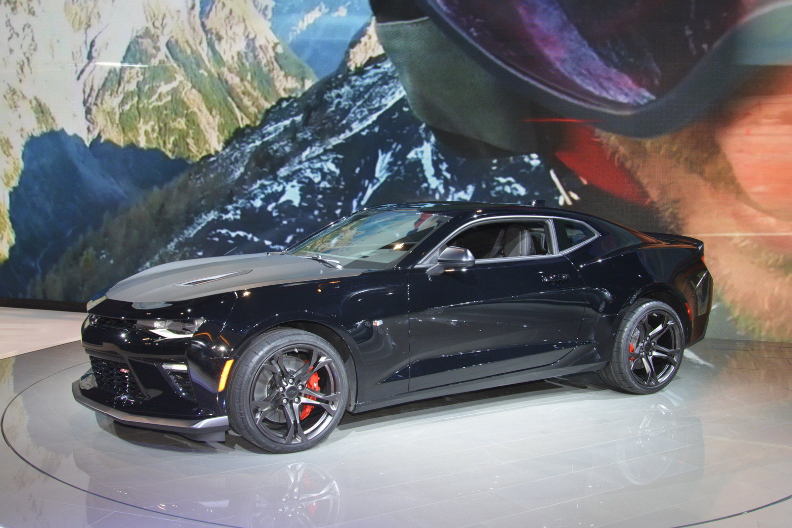 2017 Chevrolet Camaro 1LE - Picture 665365 | car review @ Top Speed